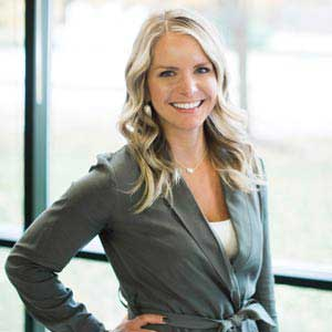 Jana Fuelberth, Co-Founder & President, analytic.li