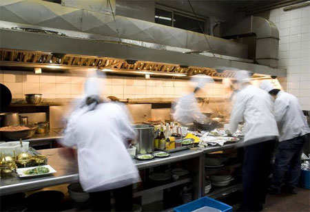 Can Restaurants Manage Their Workforce Without Affecting Their Revenues?