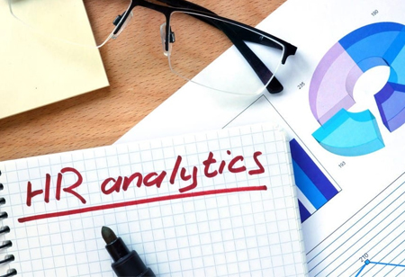 How HR Analytics Aids HR Professionals in Efficient Management?